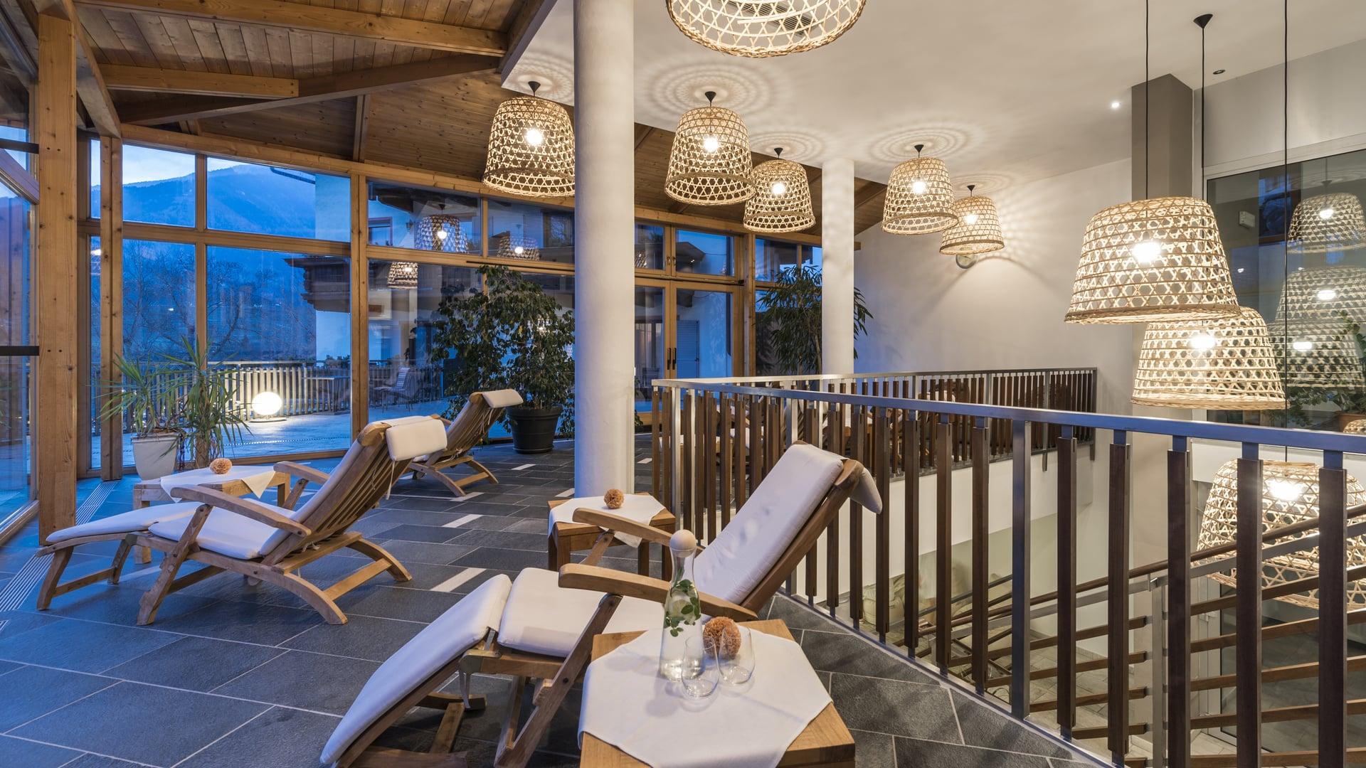 Hotel a bressanone con piscina hotel pacher centro benessere - Piscine con scivoli bressanone ...